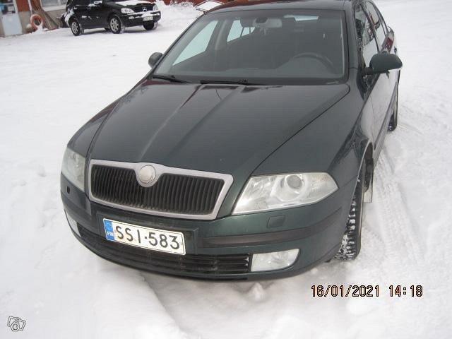 SKODA OCKTAVIA 2007 VIHREÄ 2,0l DIESEL KATS 4400 1
