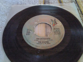 """The Doors 7"""" Mosquito / It slipped My mind, Musiikki CD, DVD ja äänitteet, Musiikki ja soittimet, Rovaniemi, Tori.fi"""