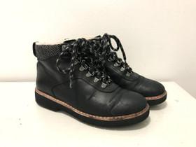 Clarks talvikengät nahkaa 38, Vaatteet ja kengät, Helsinki, Tori.fi