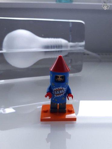 Lego Minifigures Series 18 #5 Firework Guy