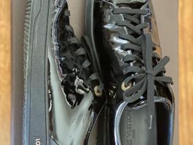 Louis Vuitton Parent leather Sneaker, Vaatteet ja kengät, Helsinki, Tori.fi