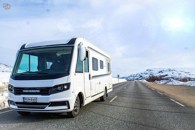 Uusi laadukas matkailuauto