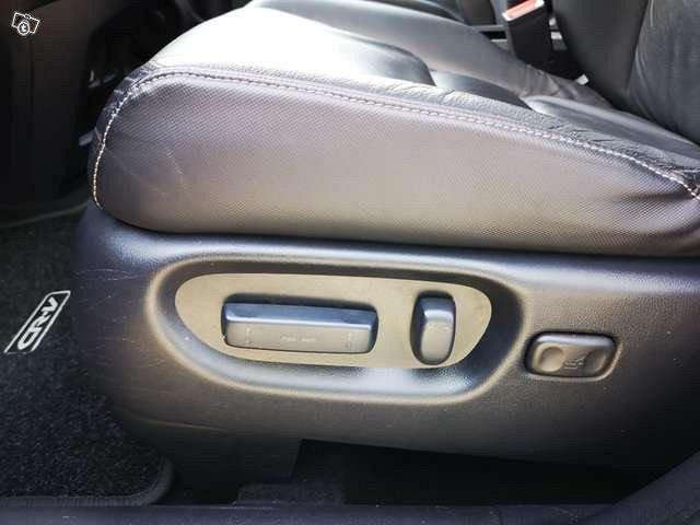 Honda CR-V Ececutive Auto 4WD 100800km 15