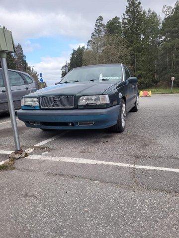 Autoja myös romuautot 1