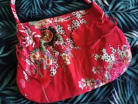 YZN punainen itämainen japanilaistyylinen laukku
