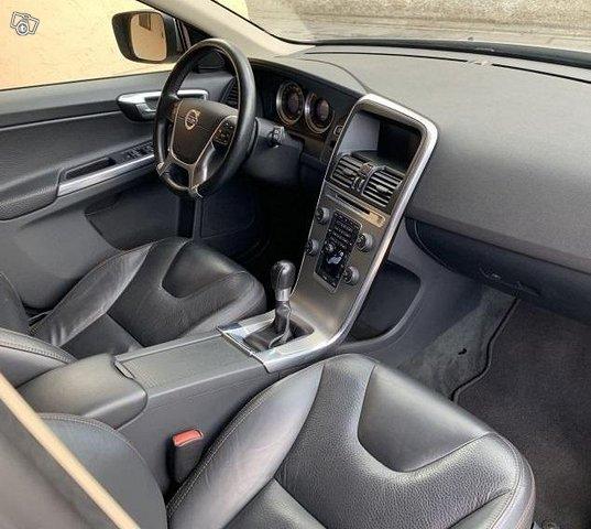 Volvo XC 60 D5 AWD 5
