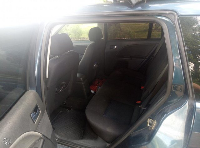 Ford mondeo 1.8 7
