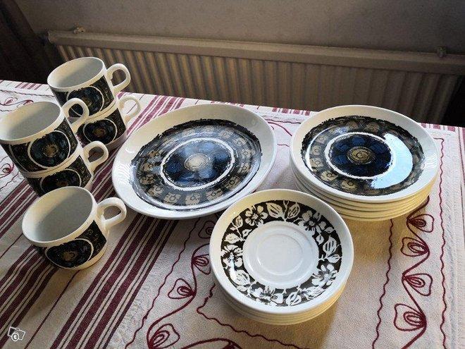 Biltons kahviastiasto 70-luvulta