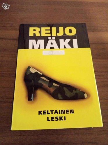Kirja Keltainen Leski