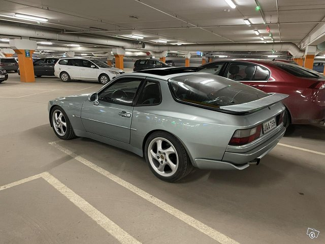 Porsche 944-85B