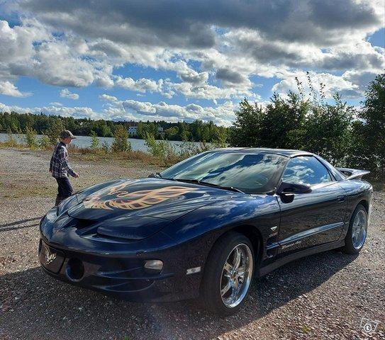 Pontiac Firebird Trans Am V8 LS1
