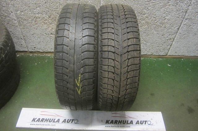 """195/60 R15"""" Tarkistettu rengas Michelin"""