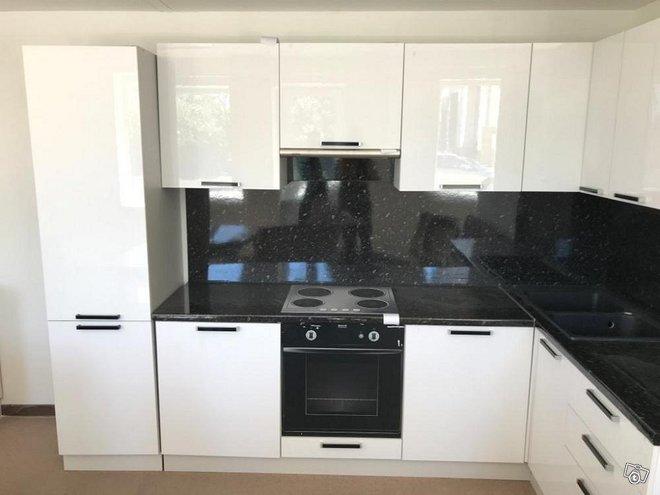 L-mallisen korkeakiilto keittiön kalusteet 1,6x2,4