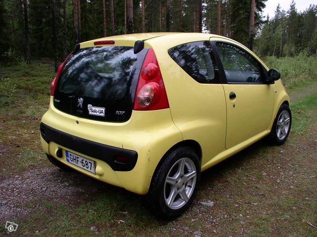 Peugeot 107 3-door 1.0 Manual, 68hp, 2007 5