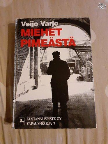 Miehet pimeästä-neuvostovakoilu Suomessa