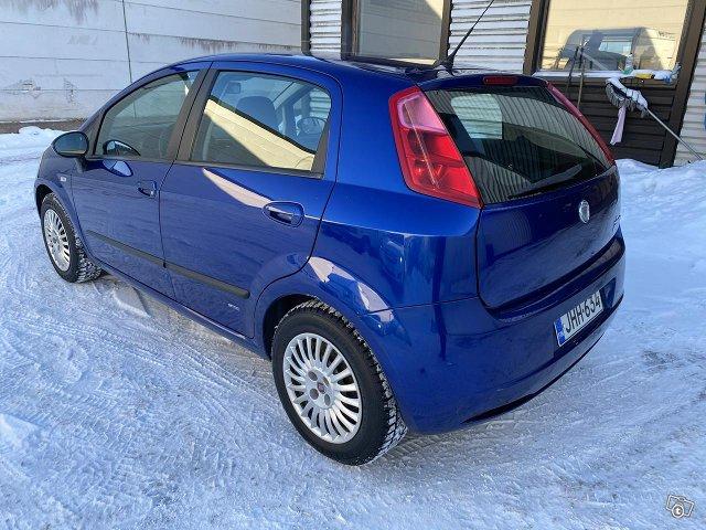 Fiat Punto 1.4 bensa katsatettu 11/2021 3