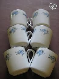 6 kpl vanhoja kahvikuppeja