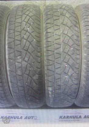 """205/80 R16"""" Tarkistettu rengas Michelin"""