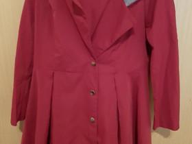 Punainen takki, Vaatteet ja kengät, Hämeenlinna, Tori.fi
