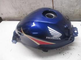 Honda CBR 250R 2012 tankki ym osaa, Moottoripyörän varaosat ja tarvikkeet, Mototarvikkeet ja varaosat, Helsinki, Tori.fi