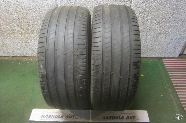 """255/50 R19"""" Tarkistettu rengas Michelin"""