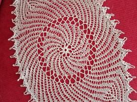 Kaunis vaalea PITSILIINA, 32 x 55 cm, uusi käsityö, Matot ja tekstiilit, Sisustus ja huonekalut, Savonlinna, Tori.fi