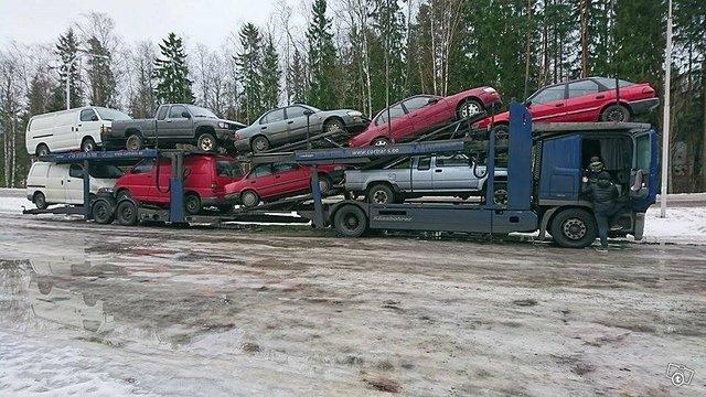 toyota ja muita autoja. vientiin/purkuun/ romuun 1