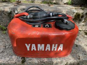 Yamaha perämoottorin polttoainesäiliö 10L, Veneen varusteet ja varaosat, Venetarvikkeet ja veneily, Kouvola, Tori.fi