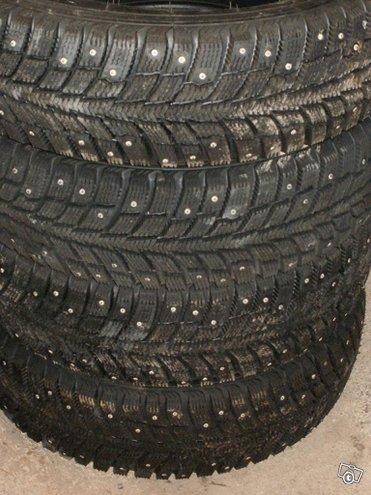 """155-R13"""" Pirelli nastarenkaat Uudet alkuperäiset 4"""