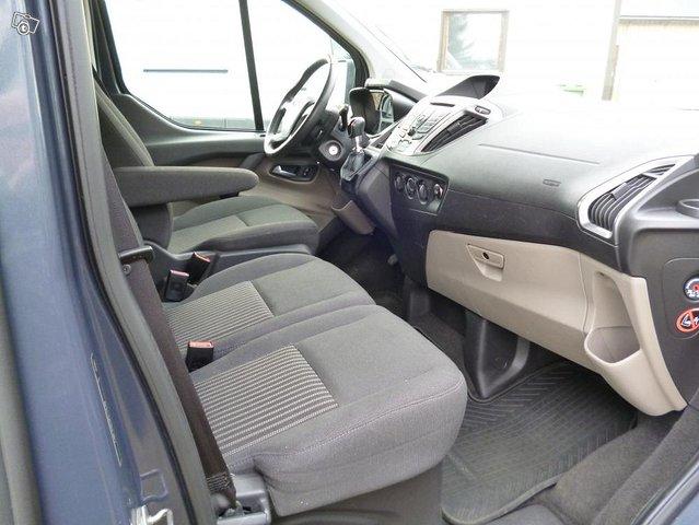 Ford Custom Tourneo minibussi 9