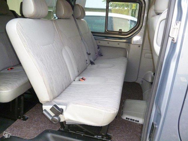 Nissan Primastar tila-auto 4