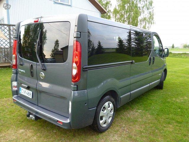 Nissan Primastar tila-auto 8