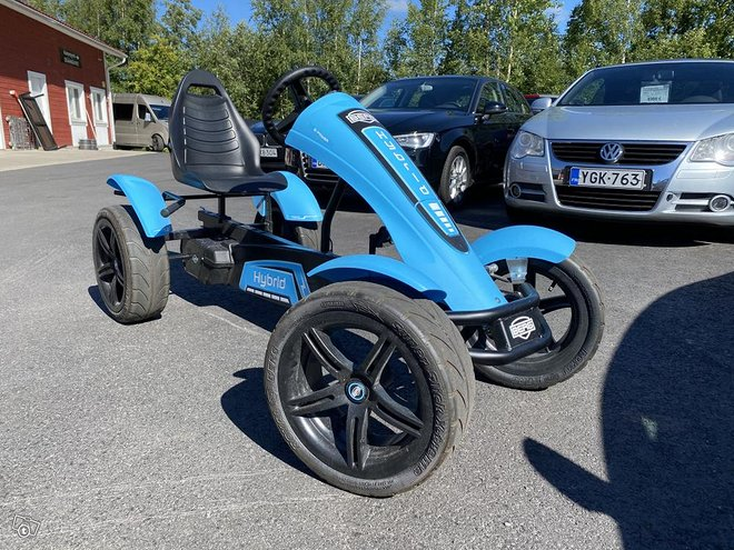 Berg Hybrid (sähkö)polkuauto