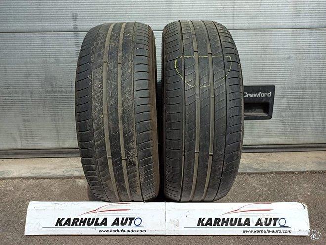 """215/55 R17"""" Tarkistettu rengas Michelin"""