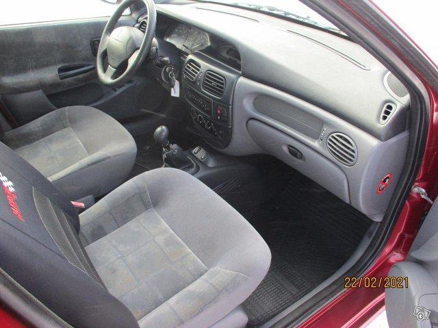 Renault Megane 1,4 16 valve Confort vm 1999 7