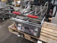 Mirror E650 hi speed electric clam griddle