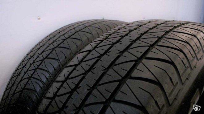 """Kesärenkaat Dunlop PT4000 235/65 / 17"""" (2kpl)"""
