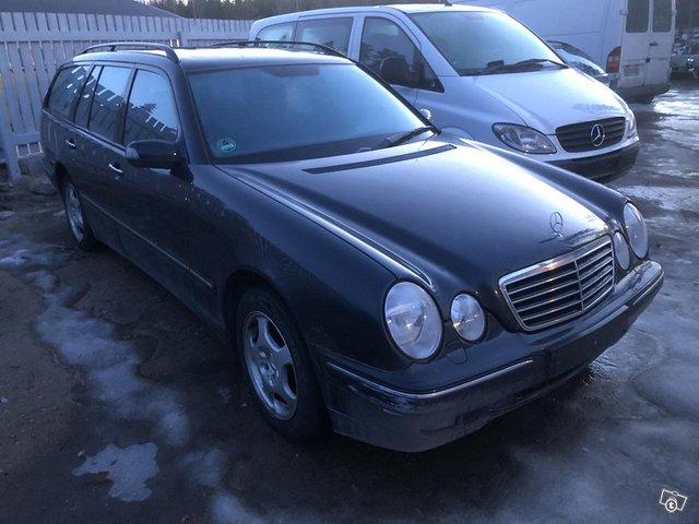 Mercedes E 280 4 matic tax-free