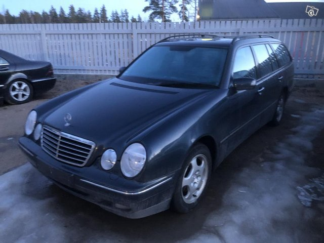 Mercedes E 280 4 matic tax-free 2