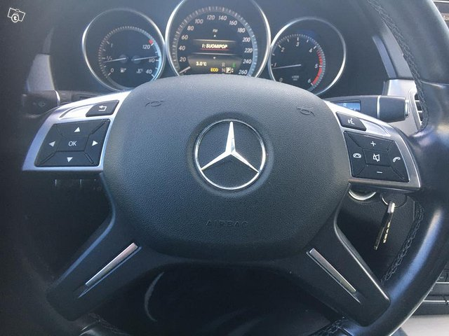Mercedes Benz E 6