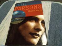 Julie Parsons : Mielin kielin