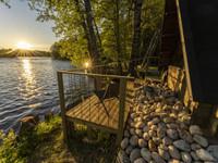LaawuKultaa-majoitus upella Kymijoen maisemalla