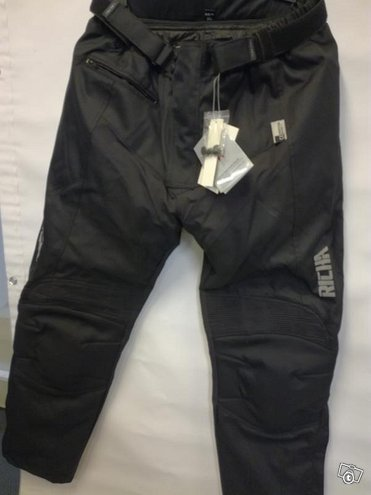 Richa Everest Normal Black Housut