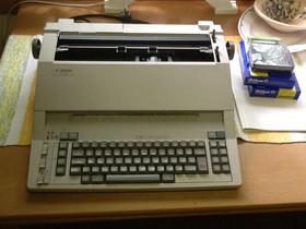 Kirjoituskone Canon AP 1000, Oheislaitteet, Tietokoneet ja lisälaitteet, Lahti, Tori.fi