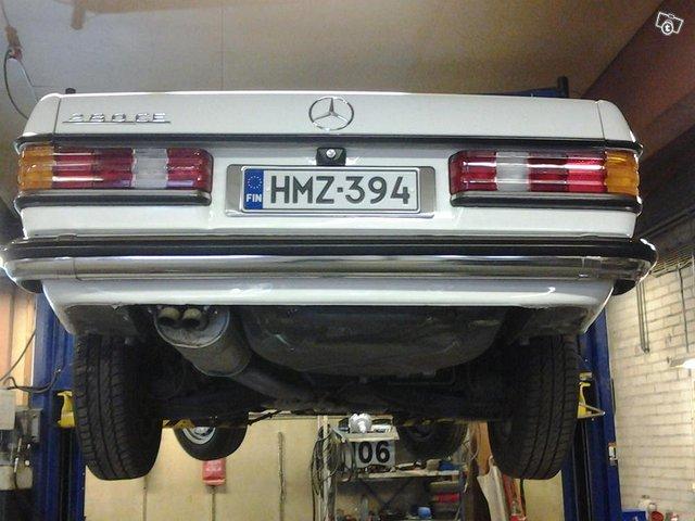 Mercedes-Benz 280 11