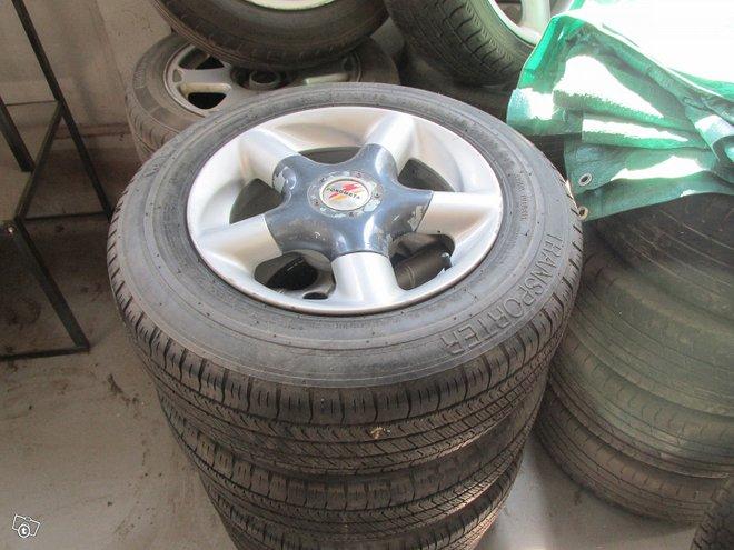 Toyota hiace alumiini vanteet