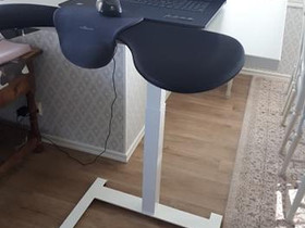 Pieni sähköpöytä valmis koottuna ja toimitettuna, Pöydät ja tuolit, Sisustus ja huonekalut, Seinäjoki, Tori.fi