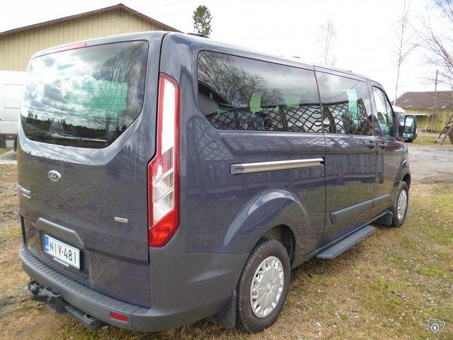 Ford Custom Tourneo minibussi 2