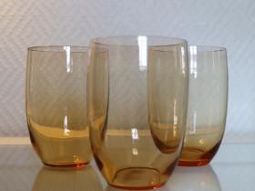 3 vanhaa meripihkanväristä juomalasia, Kahvikupit, mukit ja lasit, Keittiötarvikkeet ja astiat, Eura, Tori.fi