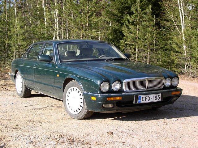 Jaguar XJ 6 3,2 autom. 1995 10